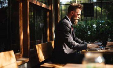 How to become an entrepreneur ?